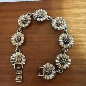 Antique daisy bracelet